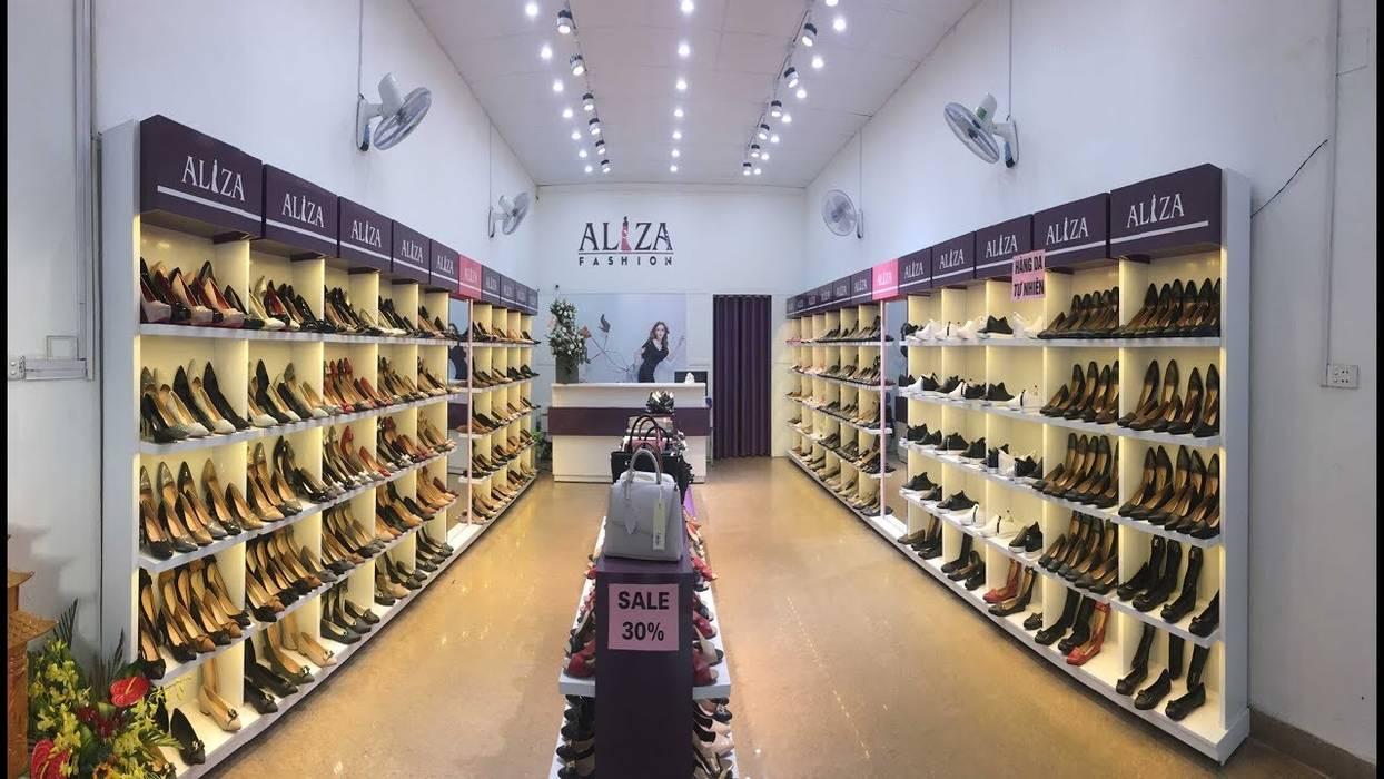 sửa chữa shop giày quận 5:  Nhà gia đình by TNHH xây dựng và thiết kế nội thất AN PHÚ CONs 0911.120.739