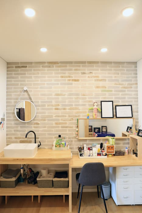 파우더룸 컨트리스타일 미디어 룸 by (주)디엘건축 컨트리