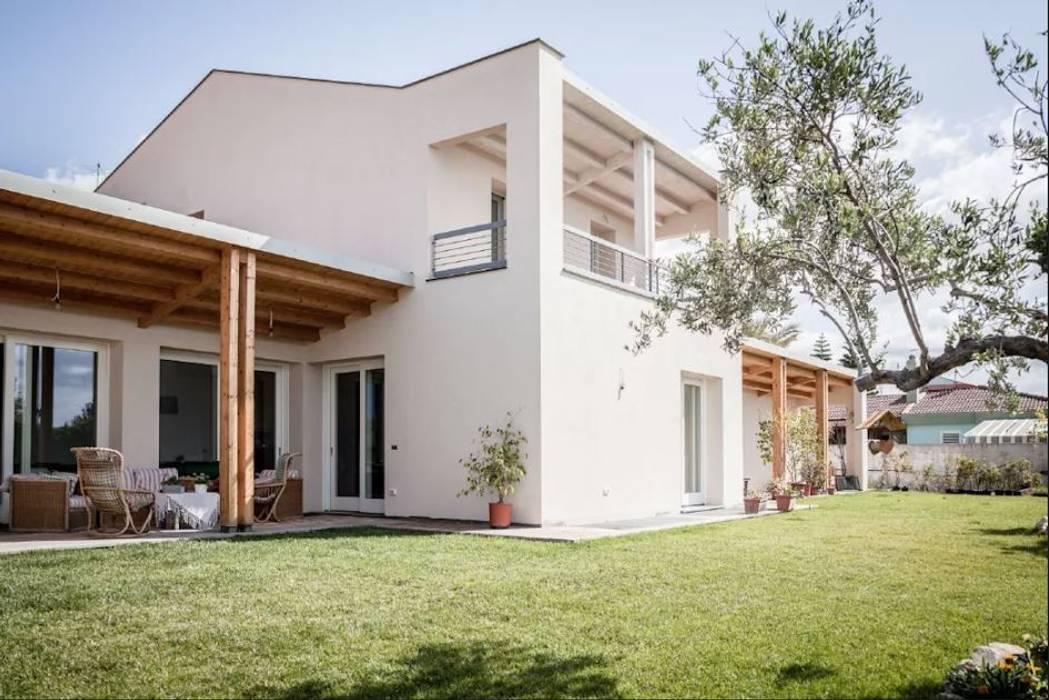 Nhà thụ động theo Rossi Design - Architetto e Designer, Hiện đại Gỗ Wood effect