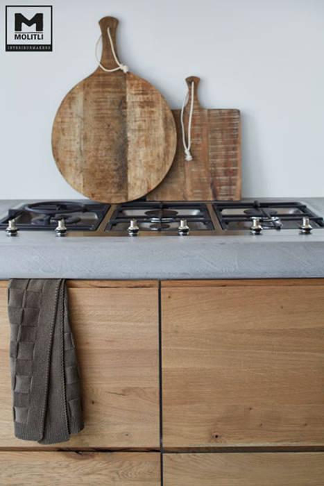 โดย Molitli Interieurmakers สแกนดิเนเวียน ไม้ Wood effect