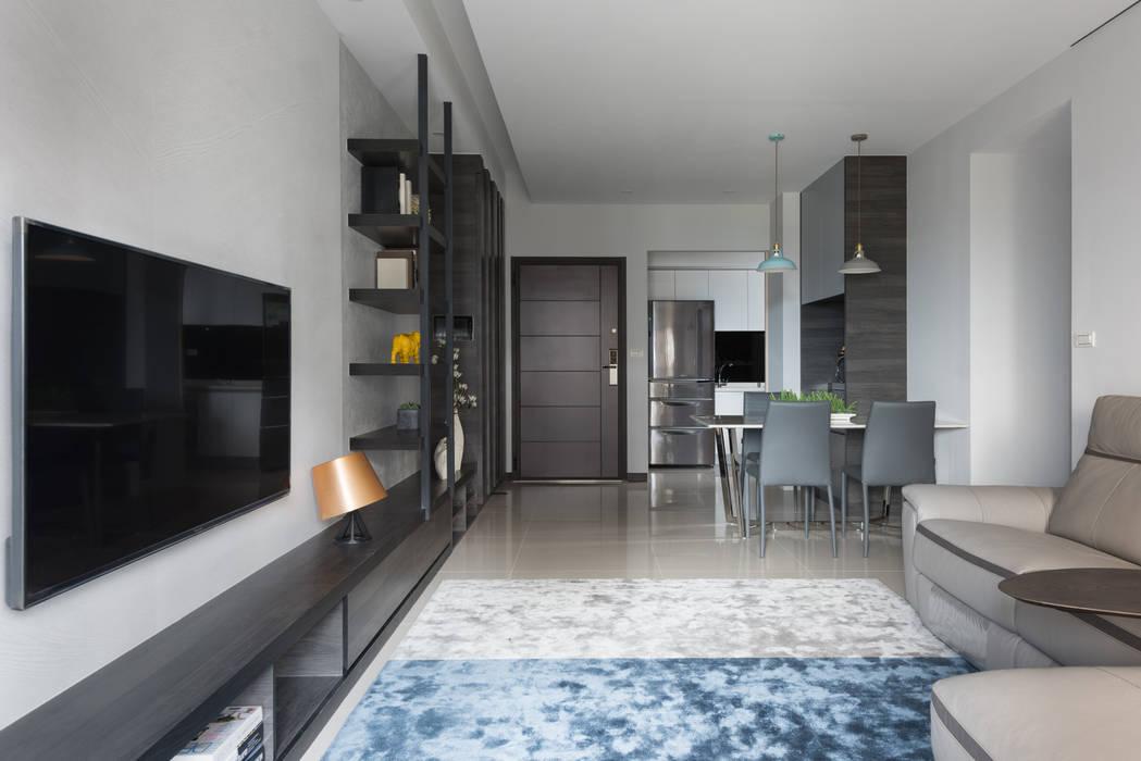 Modern Living Room by 寬宸室內設計有限公司 Modern