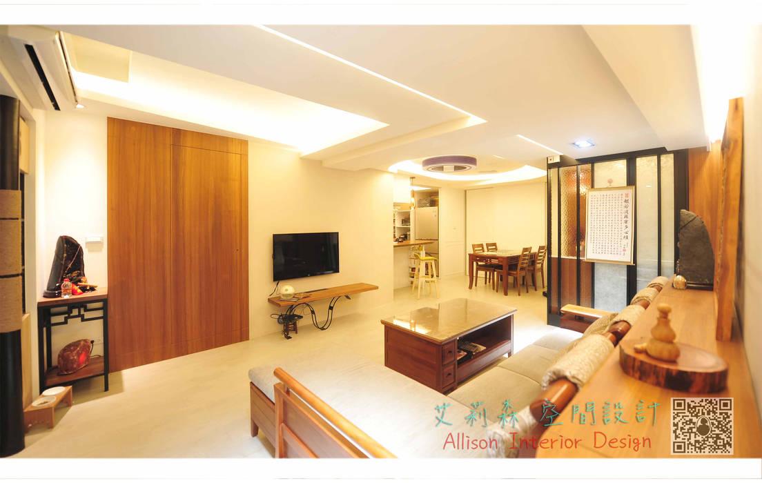 客廳 造型花板設計 起緣:  客廳 by 艾莉森 空間設計