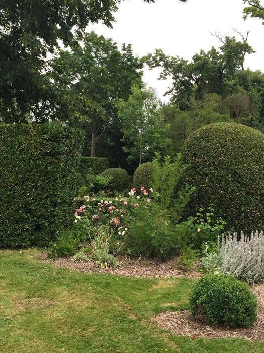 Rosa rosa rosam: Jardin de style  par Paradeisos conception de jardin