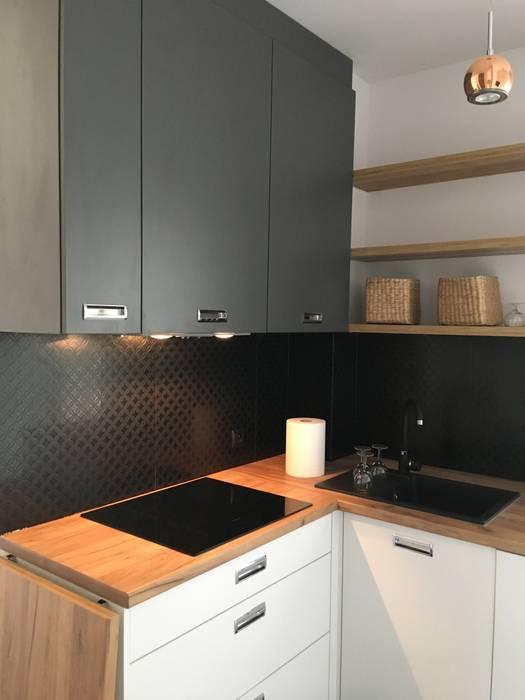 Metamorfoza Mieszkania W Bloku 53 M2 Styl W Kategorii Kuchnia Na