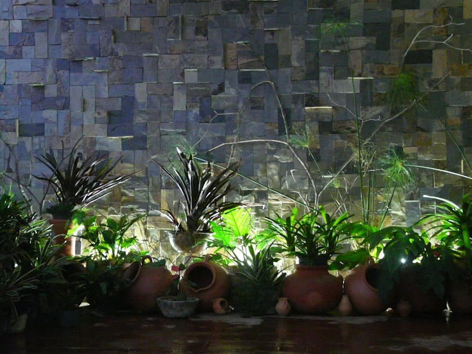 paisajismo en terraza: Jardines de piedras de estilo  por ESTUDIO KULUMAK , Rústico Piedra