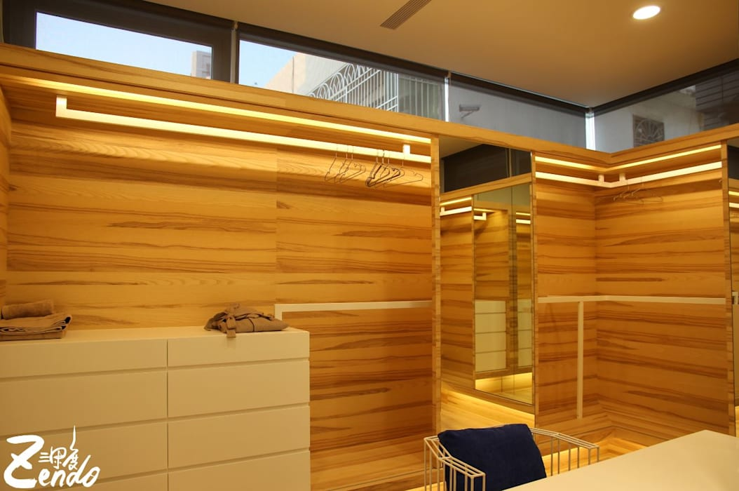 Classic style dressing room by Zendo 深度空間設計 Classic