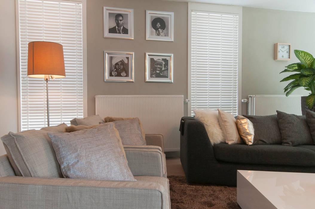 Ruang Keluarga oleh Whitehouse decorations