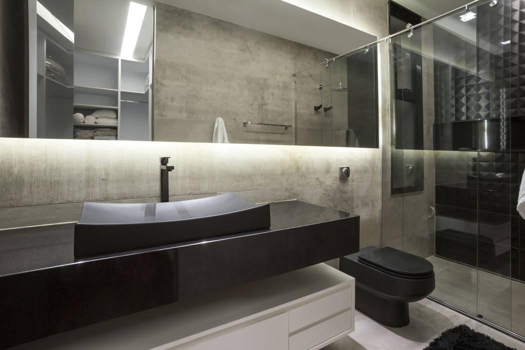 ห้องน้ำ โดย Rosset Arquitetura,