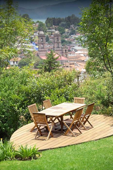 Modern style gardens by Mayúscula Arquitectos Modern Wood Wood effect