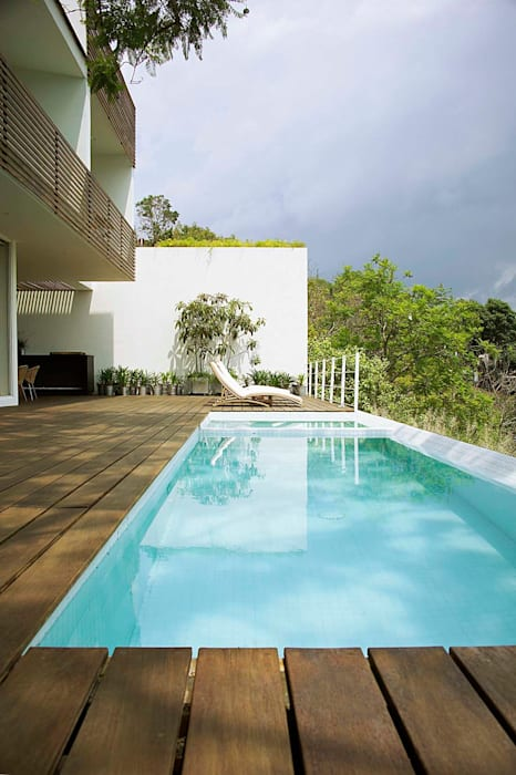 by Mayúscula Arquitectos Modern Wood Wood effect