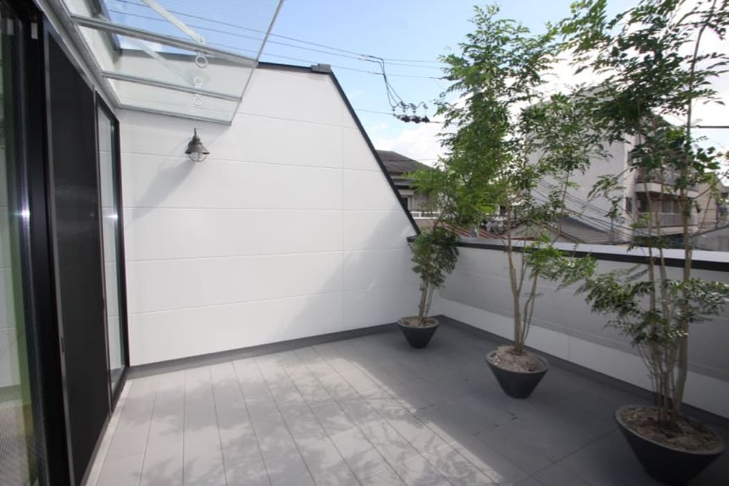 3階 屋上テラス の 一級建築士事務所 Coo Planning ミニマル 無垢材 多色