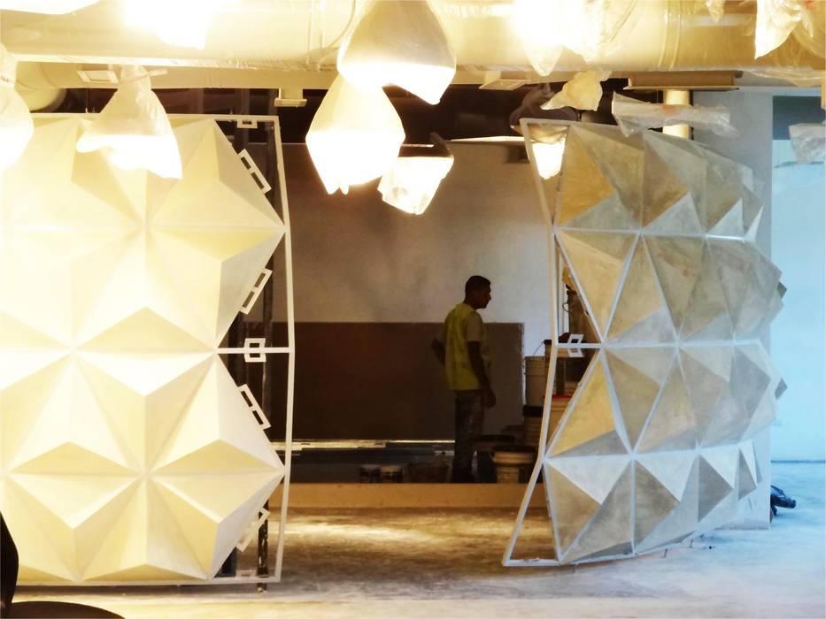 Avances construcción del Visualizer Oficinas de estilo escandinavo de Eisen Arquitecto Escandinavo Madera Acabado en madera