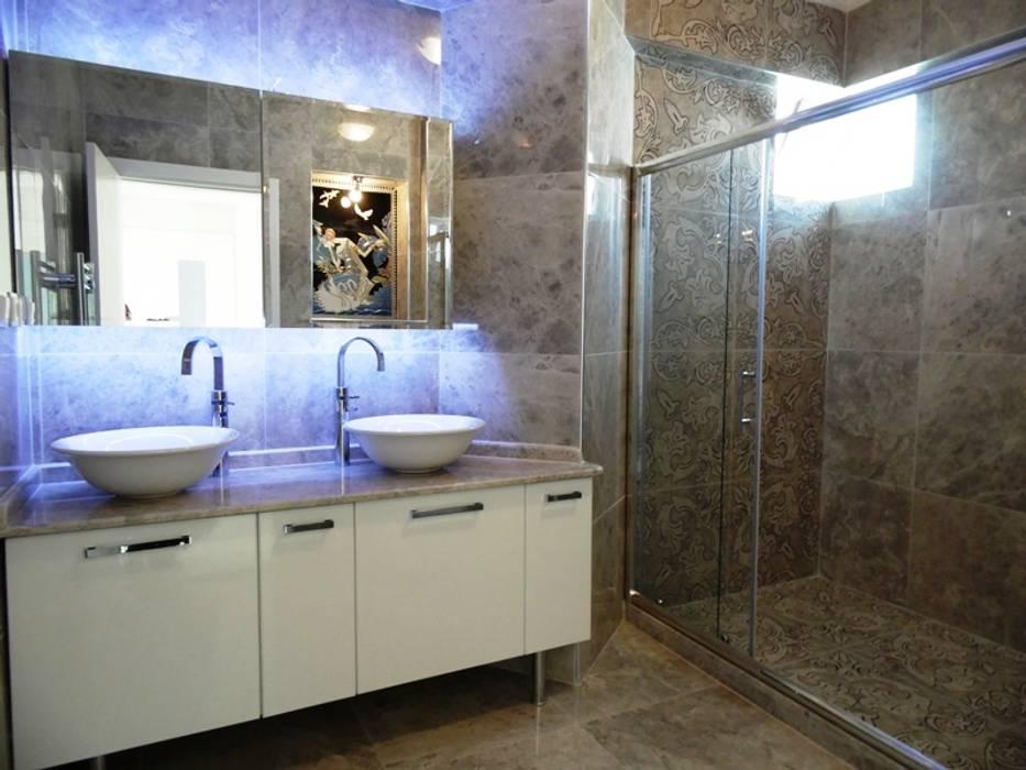 Country style bathrooms by Cengiz İnşaat İçmimarlık Country