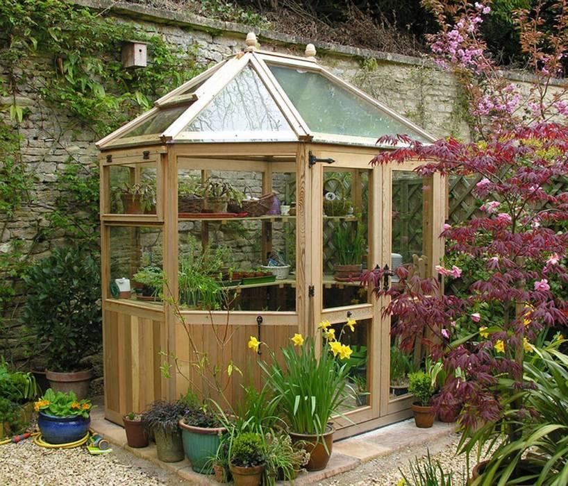 Jardines de estilo  por Garden Furniture Centre