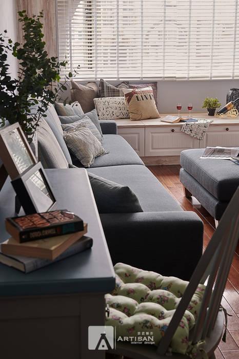 Country style living room by 芸匠室內裝修設計有限公司 Country