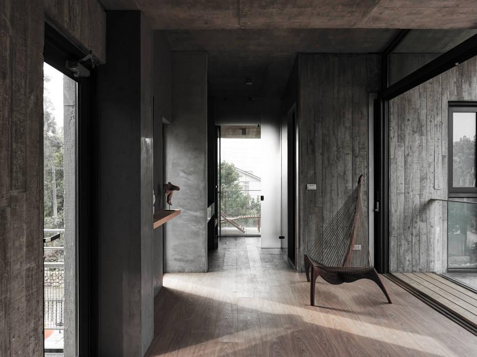 關西杜宅:  蒸氣浴 by 形構設計 Morpho-Design