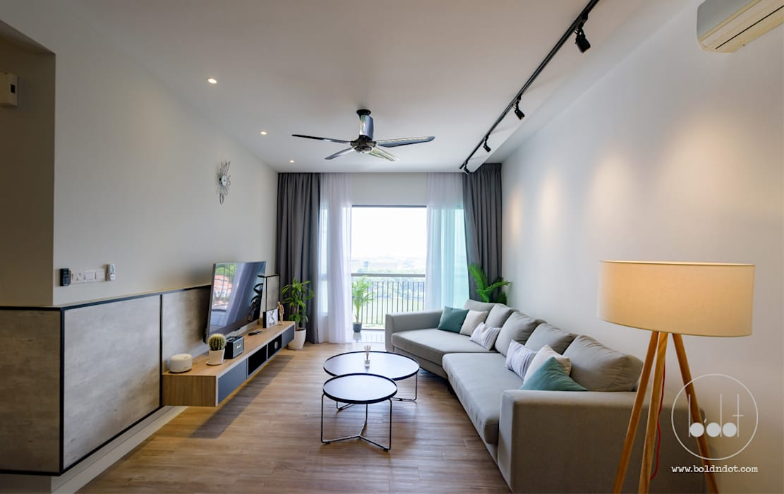 NAUTICA LAKESUITES CONDOMINIUM , KL:  Living room by BND STUDIO
