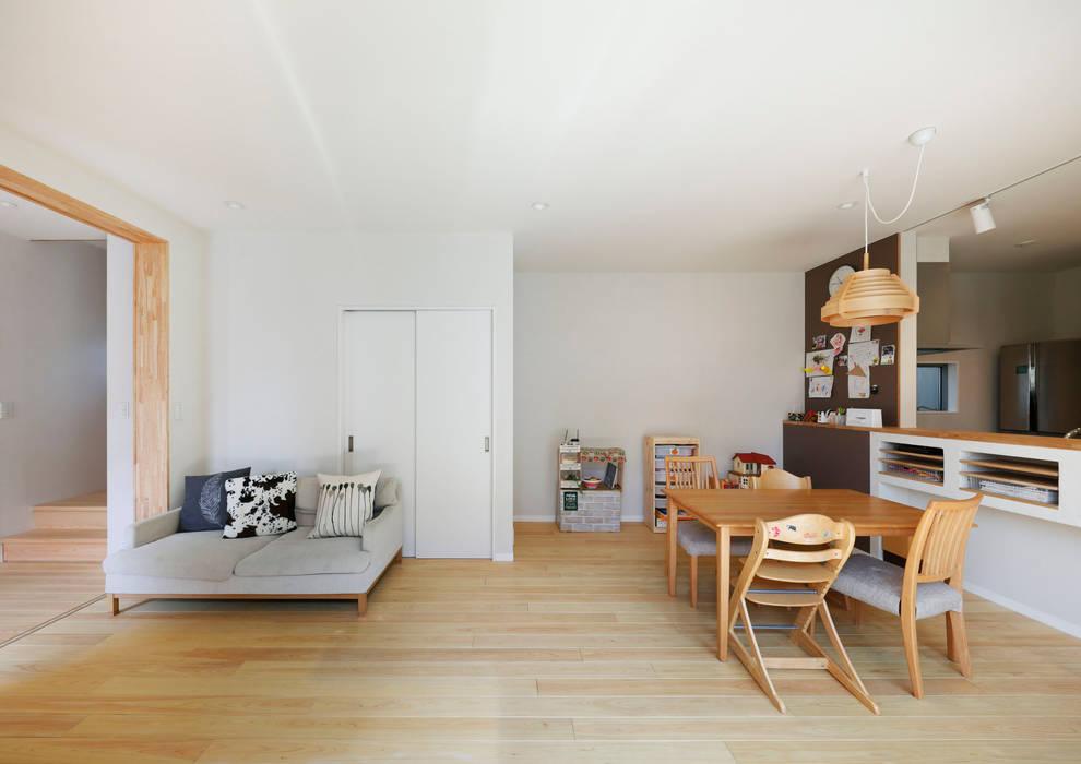 Ruang Keluarga oleh atelier m, Skandinavia