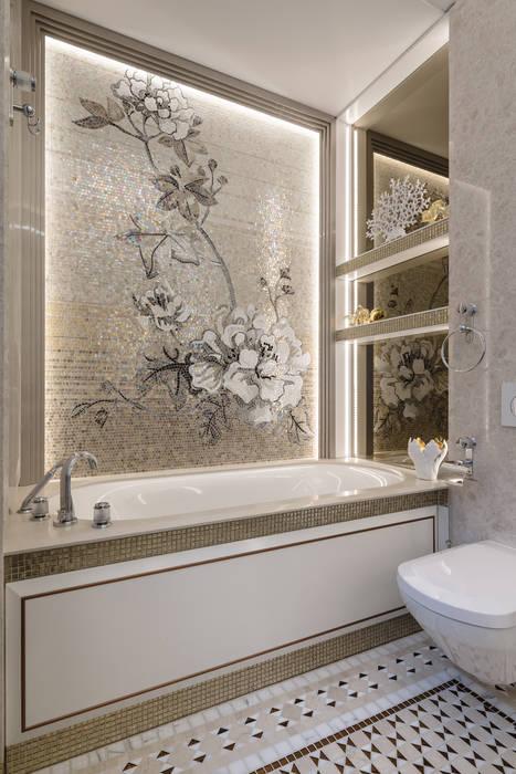 Delicacy of natural materials in the interior of a villa in Monte-Carlo.: Bagno in stile  di NG-STUDIO Interior Design