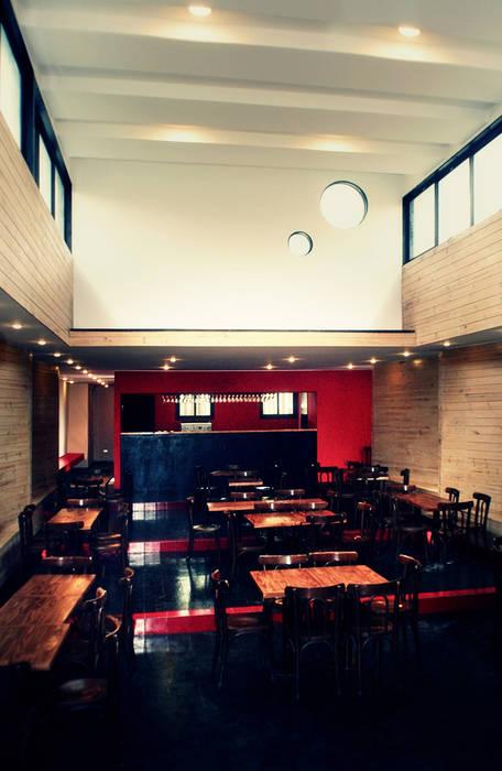 Restaurant Algarrobo: Comedores de estilo  por m2 estudio arquitectos - Santiago,