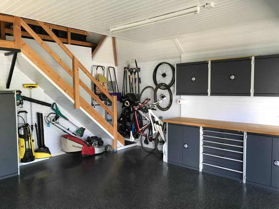 Garageflex Case Study of a Fantastic Garage Makeover in Hertfordshire:  Garage/shed by Garageflex