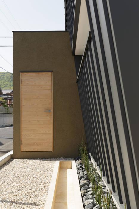 Modern walls & floors by toki Architect design office Modern Wood Wood effect