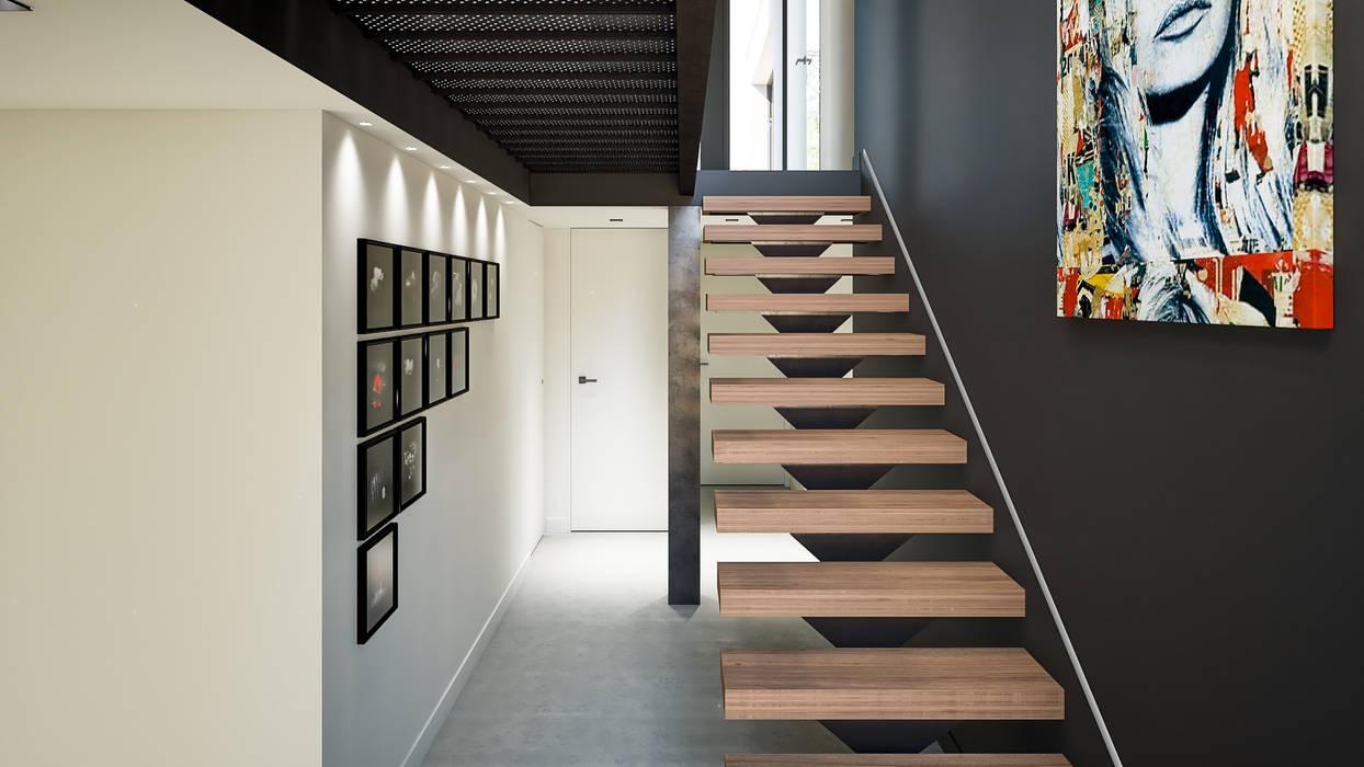 Escalier à limon centrale : Escalier de style  par réHome