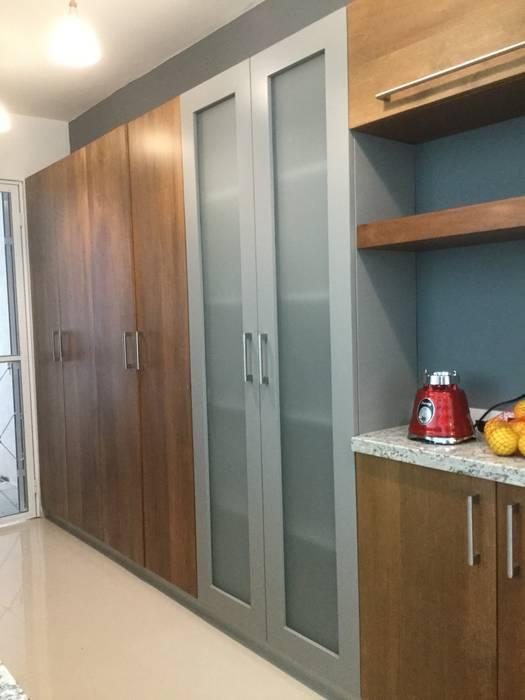 Cocina Moderna Con Puertas De Madera Muebles De Cocinas De Estilo