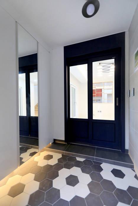 하우스톡 Modern Corridor, Hallway and Staircase