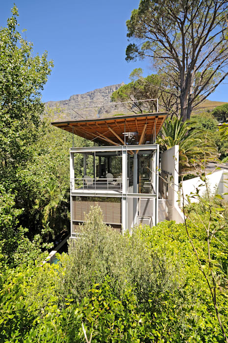 Timber & Steel Structure by Van der Merwe Miszewski Architects Modern Metal