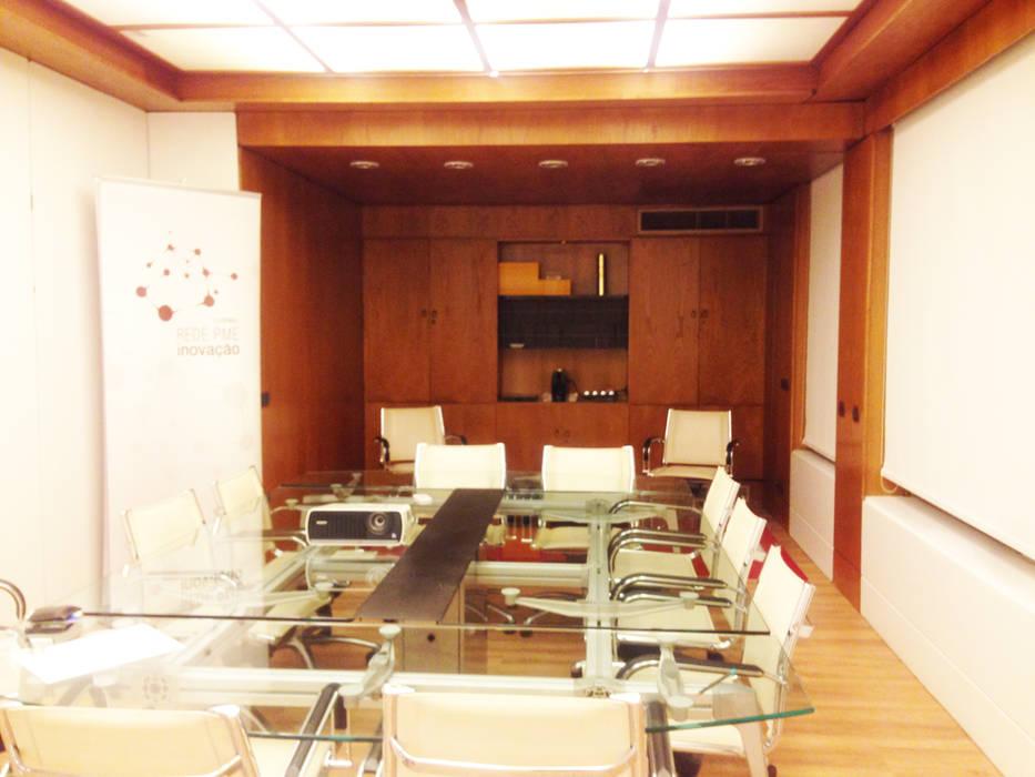 Modern office buildings by Rita Salgueiro - Full Ideas Modern
