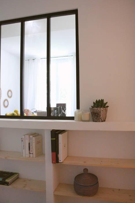 Appartement libé_nice: couloir et hall d\'entrée de style par marty ...