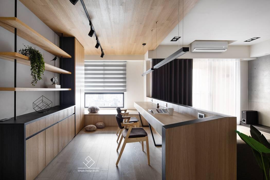 Study/office by 極簡室內設計 Simple Design Studio