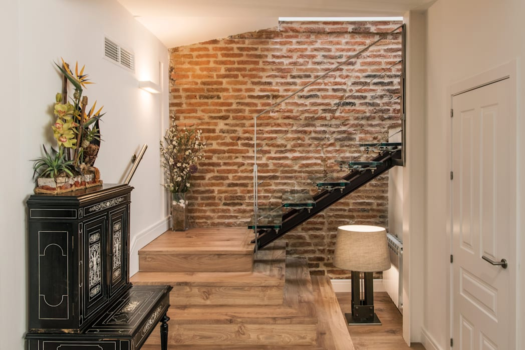 : Escaleras de estilo  de CONSOLIDACIONES Y CONTRATAS S.L