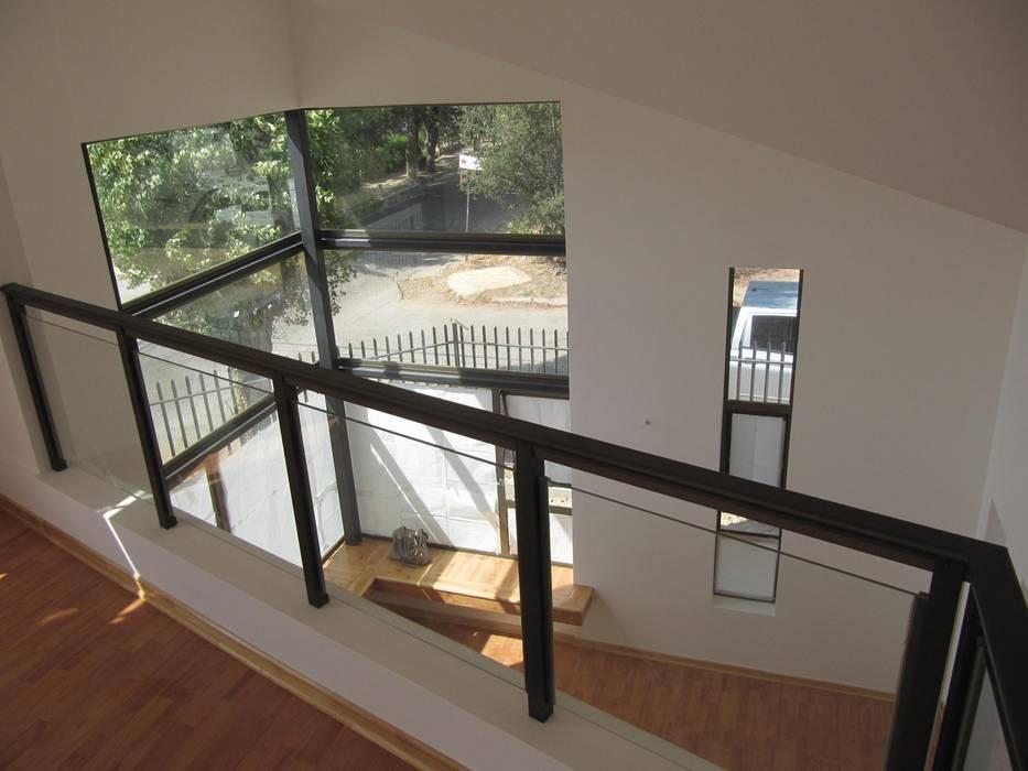 Casa Retiro: Livings de estilo  por Lau Arquitectos