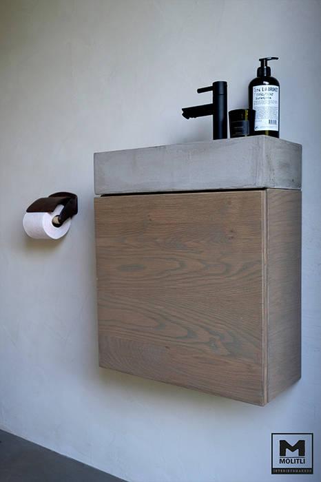 Buitenverblijf ibiza style: mediterrane badkamer door molitli ...