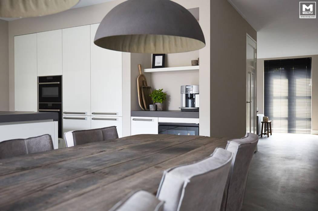 Nhà bếp by Molitli Interieurmakers