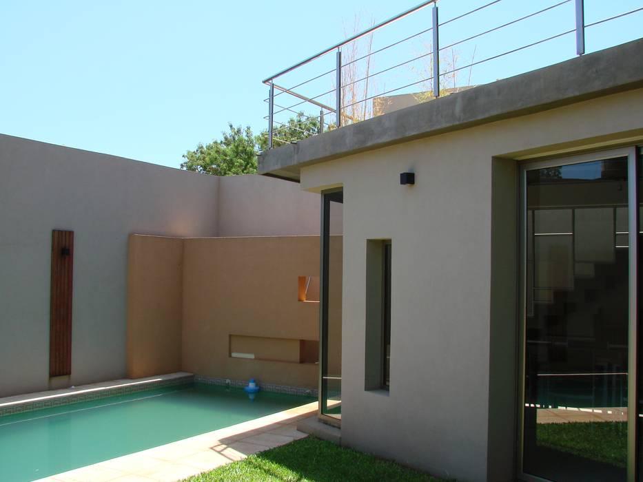 IP - Exterior 4 Piletas modernas: Ideas, imágenes y decoración de Módulo 3 arquitectura Moderno