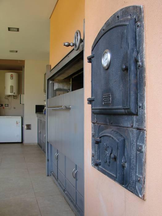 IP - Horno 1 Cocinas modernas: Ideas, imágenes y decoración de Módulo 3 arquitectura Moderno
