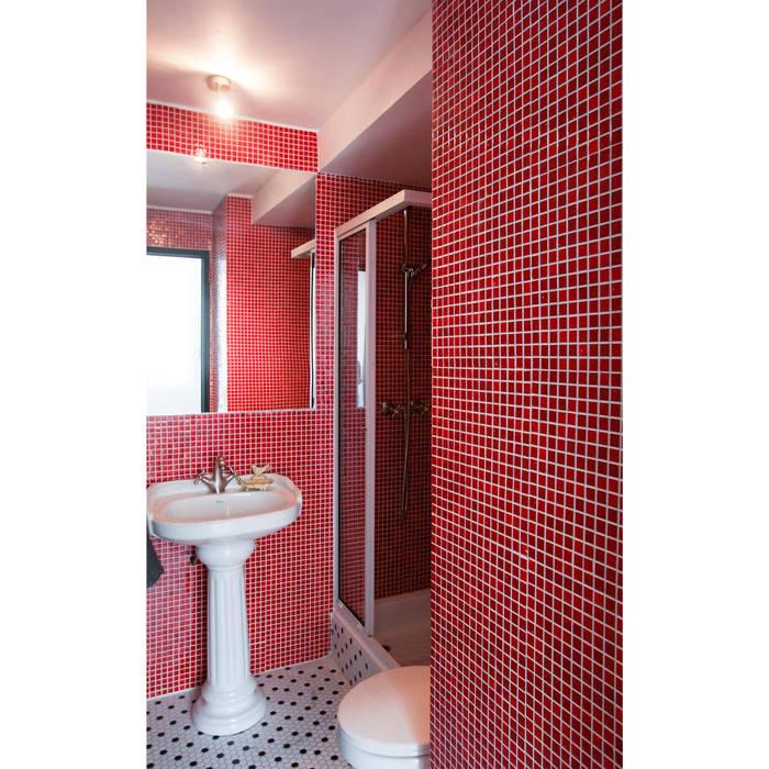 浴室 by Crescente Böhme Arquitectos,