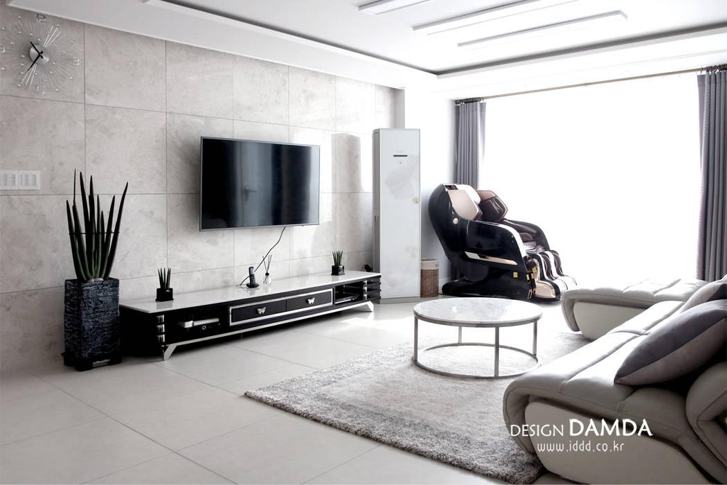 분당구 서현동 시범마을 현대아파트 39평 모던스타일 거실 by 디자인담다 모던