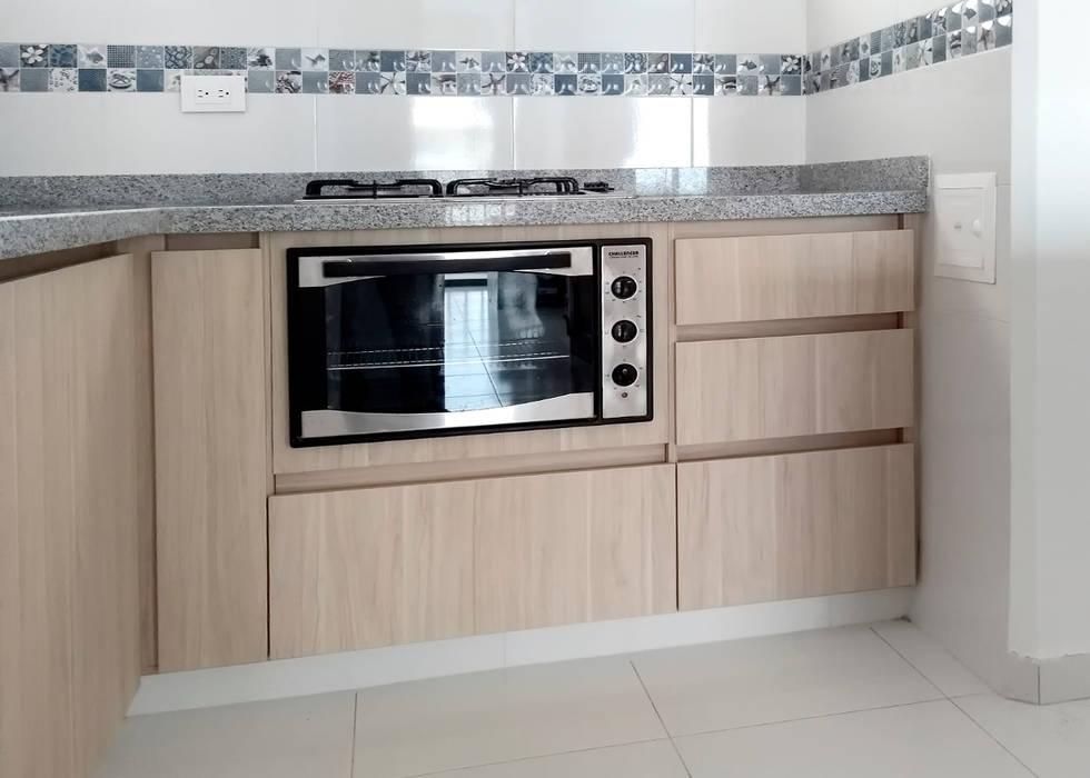 Área de cocción: Cocinas integrales de estilo  por Remodelar Proyectos Integrales,