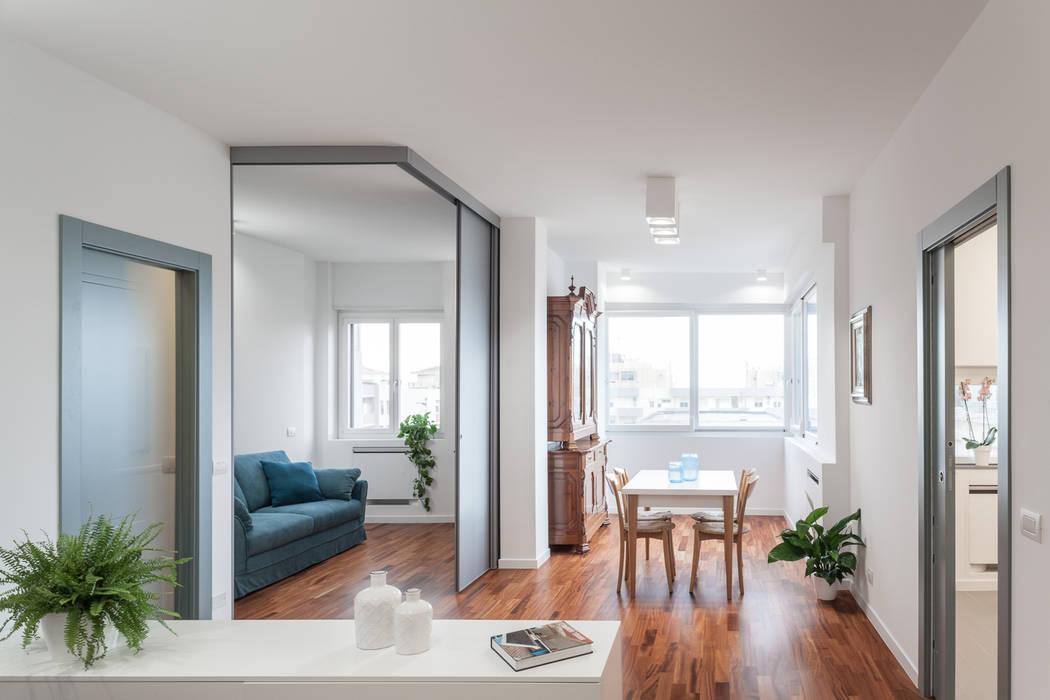Il soggiorno: Soggiorno in stile in stile Moderno di Stefano Ferrando
