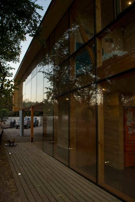 Muro cortina norte Casas estilo moderno: ideas, arquitectura e imágenes de PhilippeGameArquitectos Moderno Vidrio