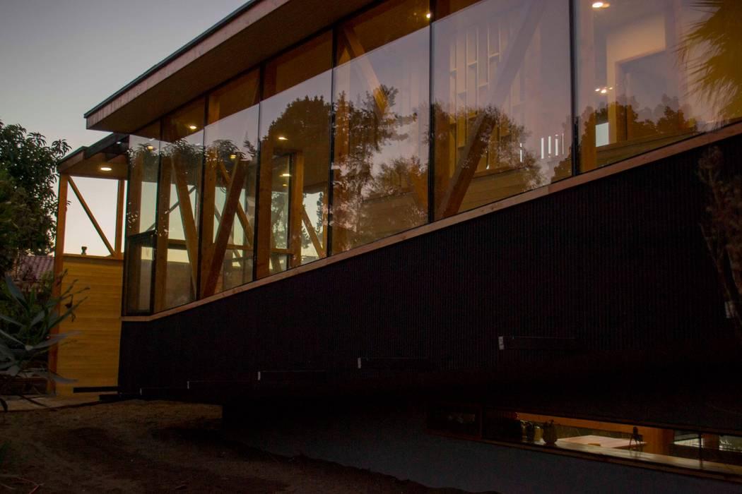 Muro cortina y muro hormigon Casas estilo moderno: ideas, arquitectura e imágenes de PhilippeGameArquitectos Moderno Concreto reforzado