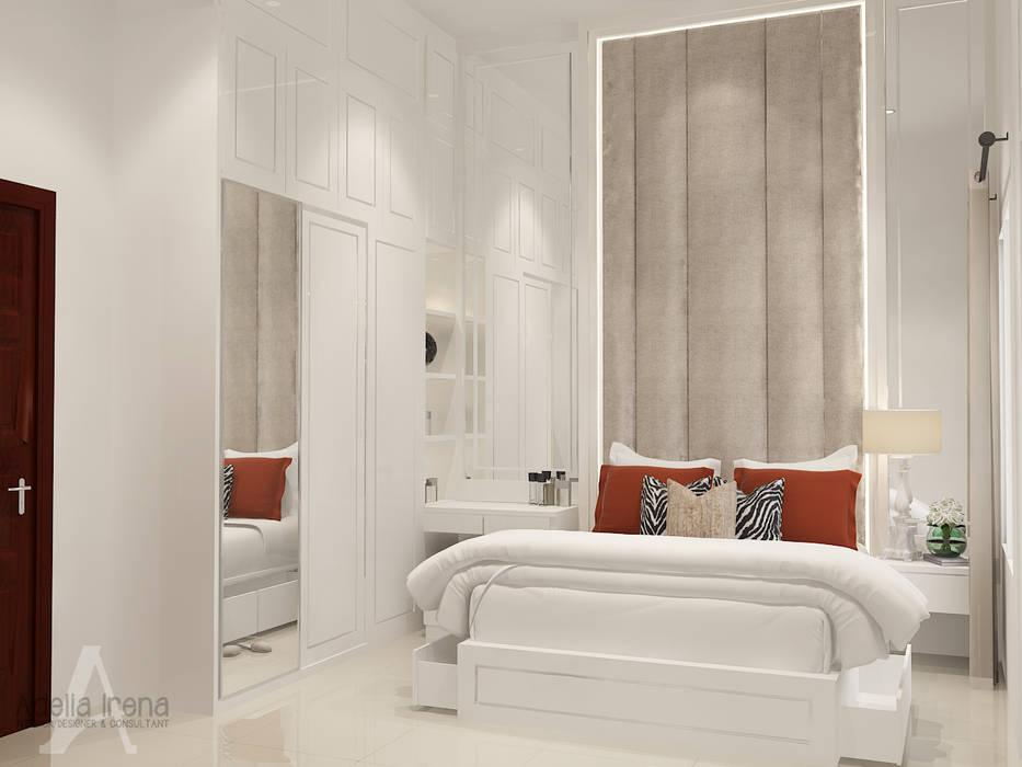 Klasik Modern: Kamar Tidur oleh AIRE INTERIOR , Klasik Kayu Buatan Transparent