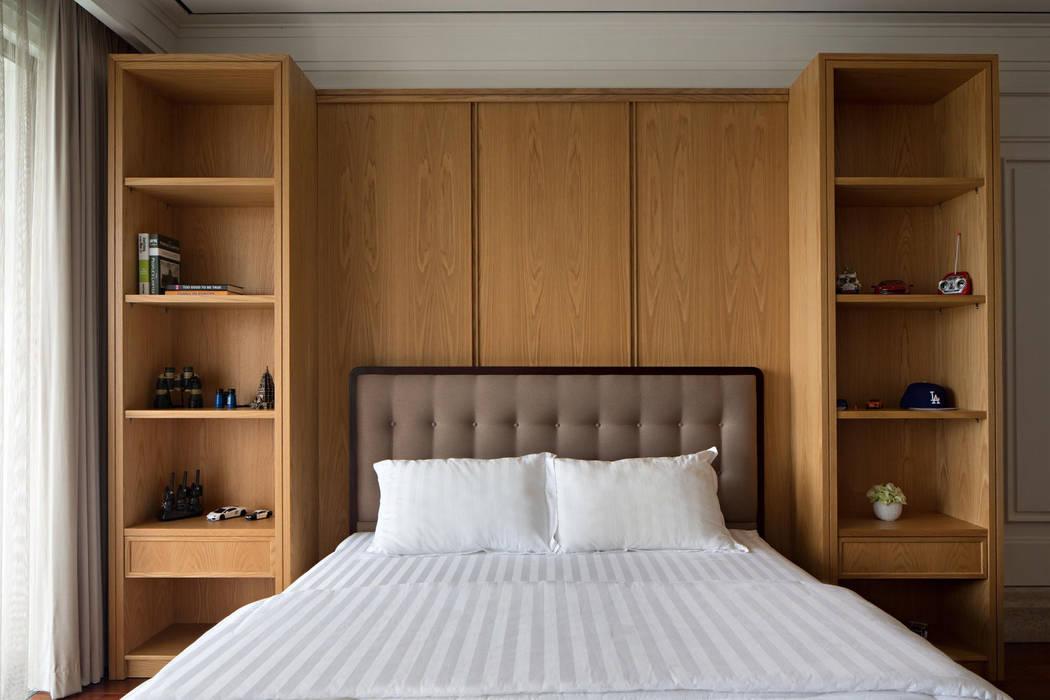 Kamar Tidur: Kamar Tidur oleh ARF interior, Klasik Parket Multicolored