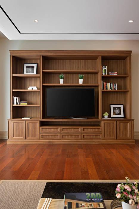 LP House: Ruang Multimedia oleh ARF interior, Klasik Kayu Wood effect