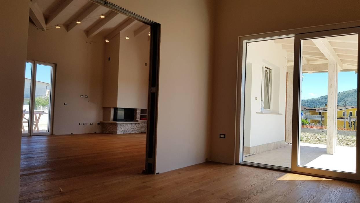 Villa Prefabbricata in Legno: Casa prefabbricata  in stile  di Avantgarde Construct Luxury Srl,