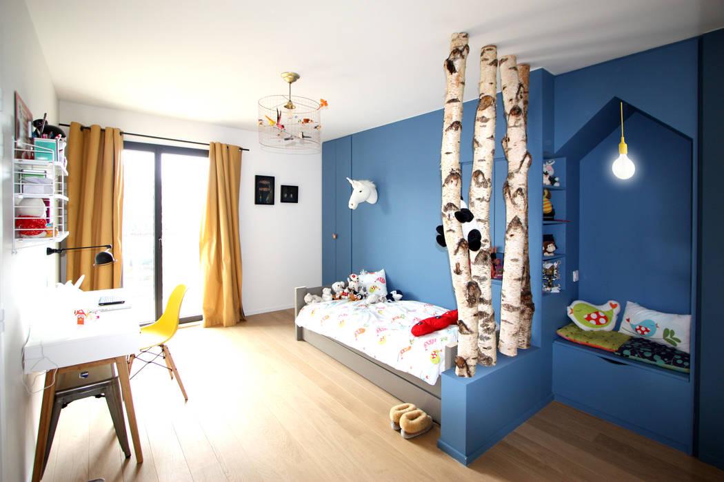 rénovation complète d'un duplex -Paris 17 Chambre d'enfant moderne par Emma Caron Interior Design Moderne